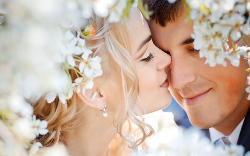 Wonderful wedding moment.