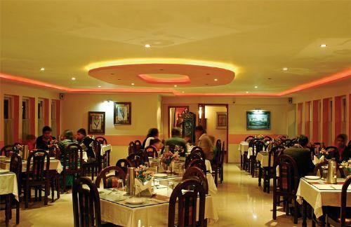 Hotel Saravana Bhavan a premium restaurant in Chennai.