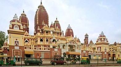 Birla Mandir is one of the popular tourist destinations of Hyderabad.