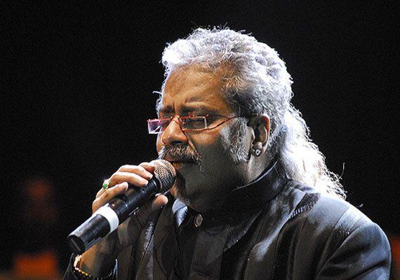 Hariharan has got amazing voice.