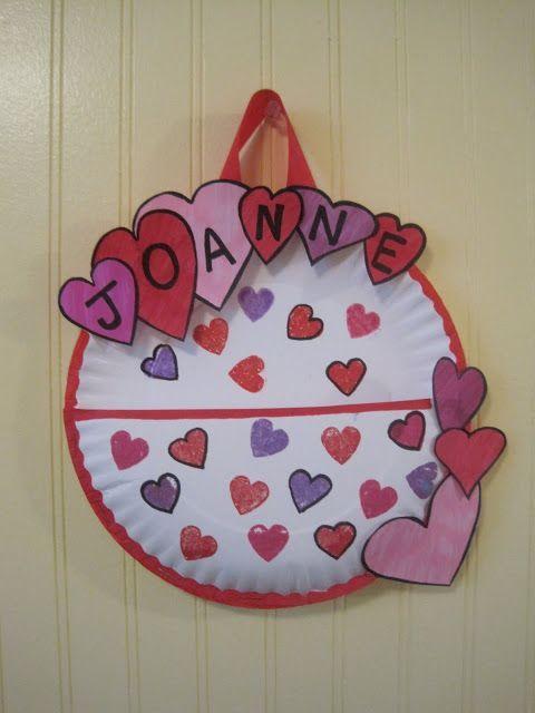 paper plate holder.. nice craft activity for older kids!